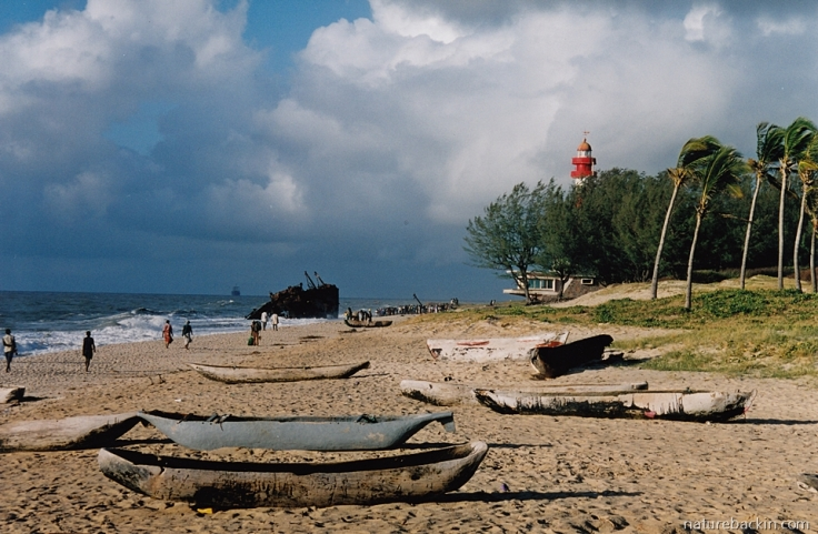 11 Mozambique-Beira-Macuti-Beach